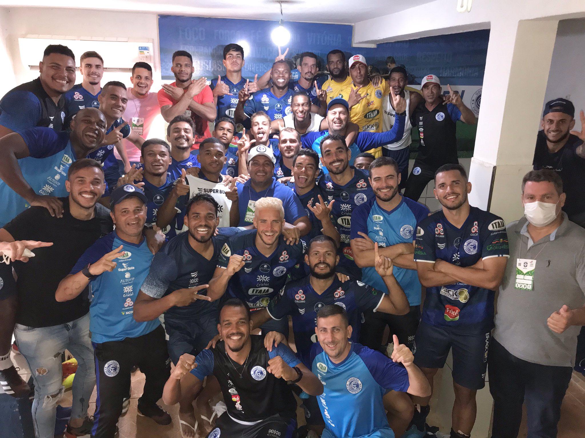 Goianésia vence o Gama e segue líder na Série D