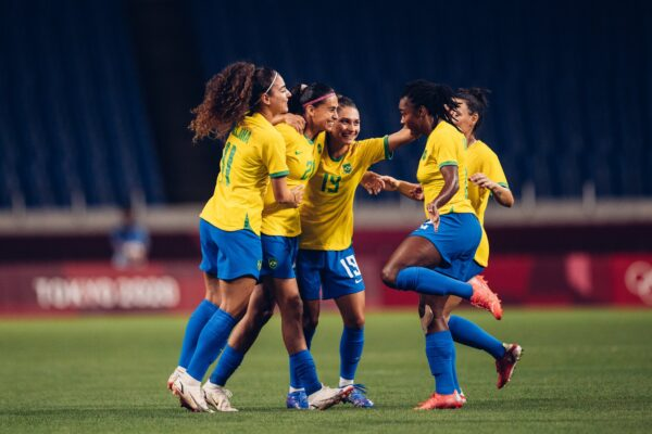 Brasil vence a Zâmbia e enfrentará o Canadá no Futebol Feminino