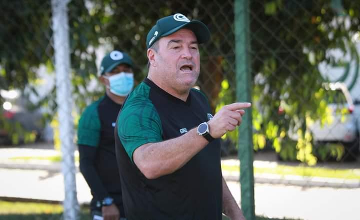 Pintado não é mais o treinador do Goiás
