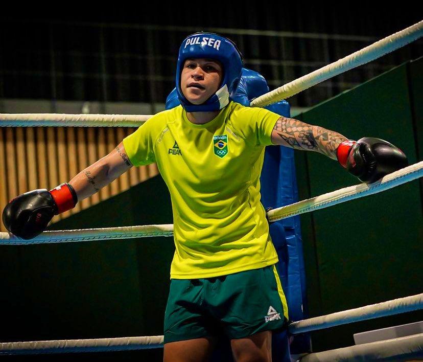Brasil conquista prata no Boxe feminino
