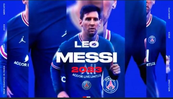 PSG oficializa chegada de Messi