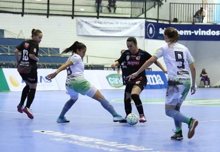 Campestre/Resenhas é goleado na Taça Brasil de Futsal
