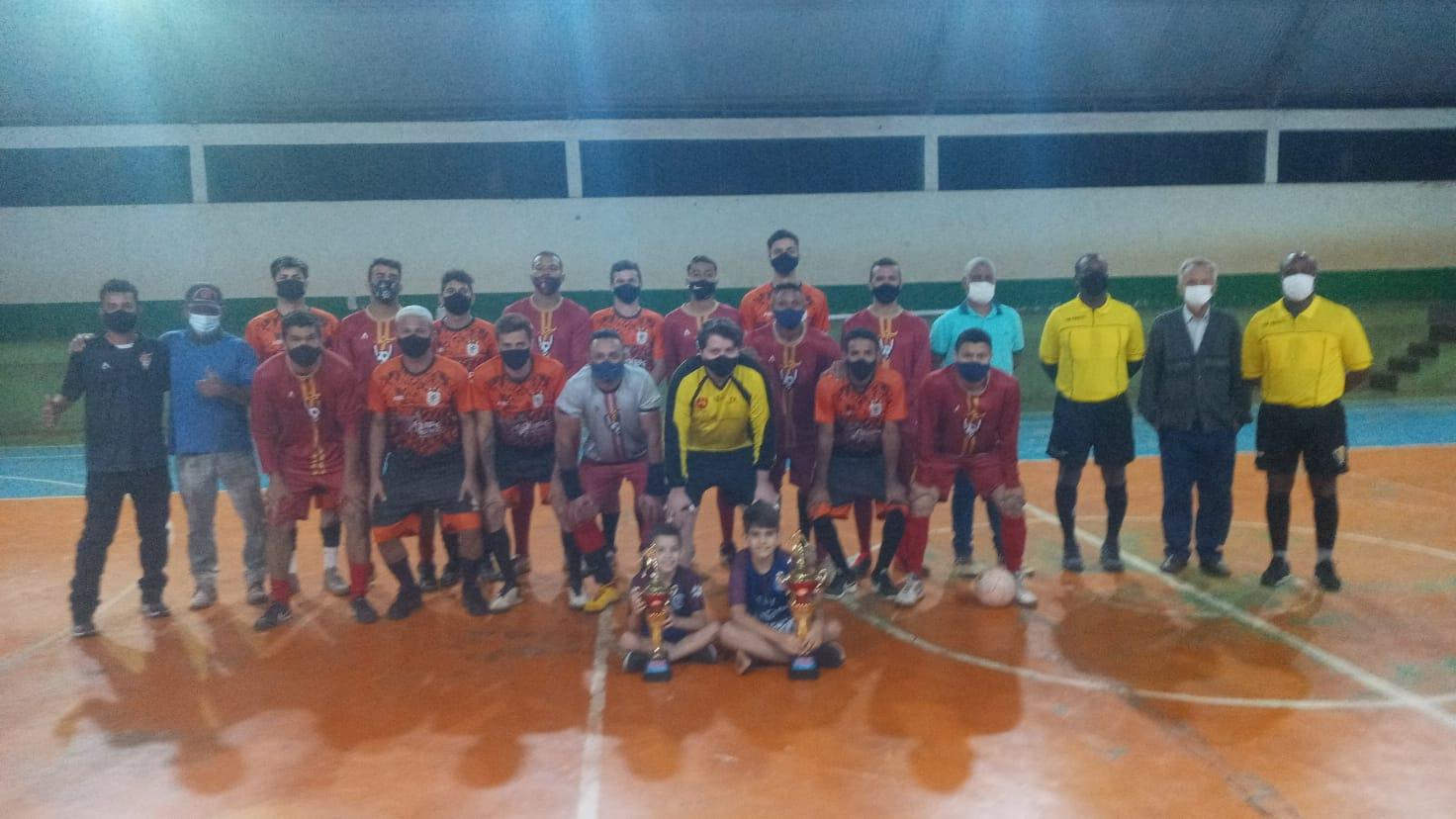 Bar Bola 7 é campeão da Copa Rio Verde de Futsal