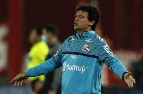 Fernando Diniz não é mais o treinador do Santos