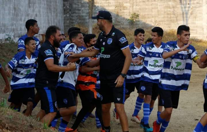 Independente vence a primeira no Campeonato Goiano Sub-15