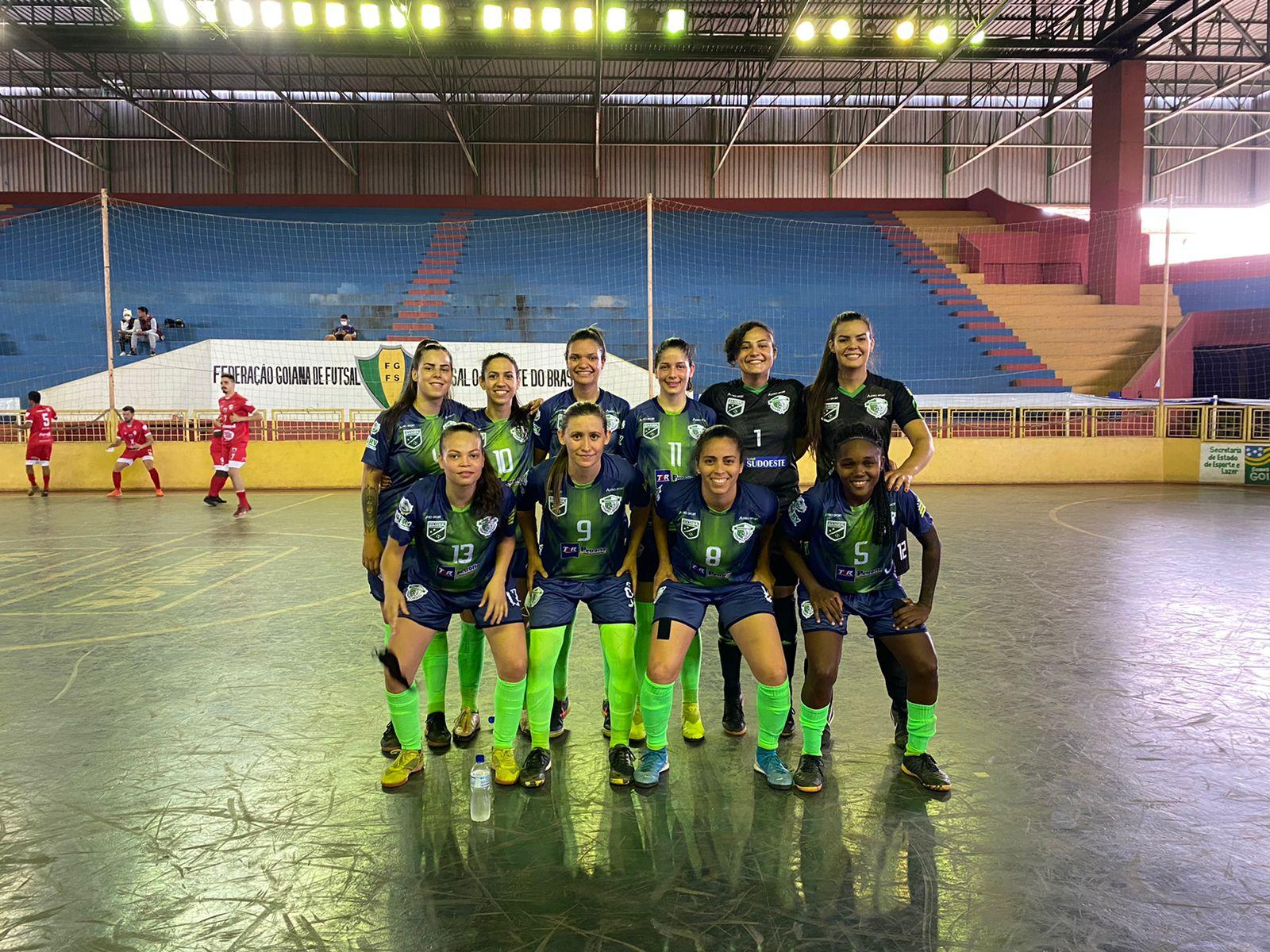 Resenhas goleia o Vila Nova no Goiano de Futsal Feminino